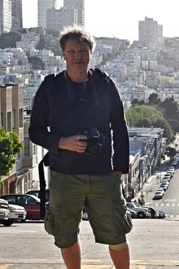 Som jag helst vill se mig, med kamera i handen och fickor fulla av optik. San Fransisco.