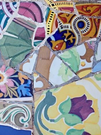 Slå sönder och sätt ihop-mosaik enligt Gaudí, Park Güell, Barcelona