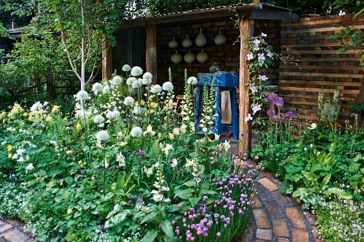 Chelsea Flower Show 2009. Pottering in North Cumbria, Rae McNab, Val Donnelly, Margaret Archibald, Coralin Pearson & Vera Turnbull