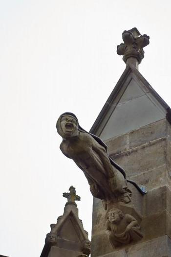 Gargoyle-liknande figur i katedralen S:t Nazarius, Carcassonne