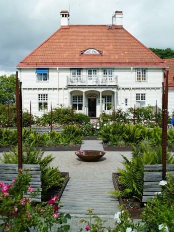 Rosenträdgården i Wij trädgårdar