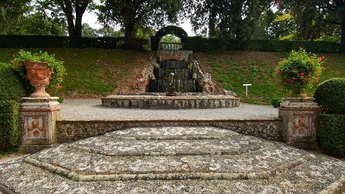 Cascatelle , Villa Oliva, Toscana