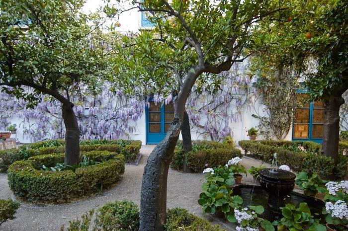 Les patios de Viana, Patio de l'archive